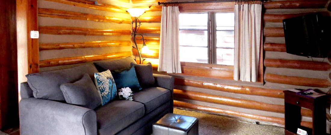 2 Cabin 1 Queen Bed And 1 Full Sofa Sleeper Tall Pines Inn